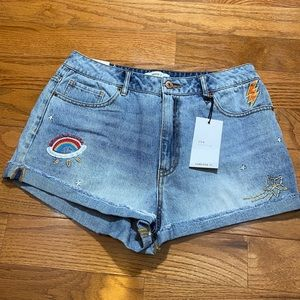 NWT Forever 21 Embroidered Patch Denim Shorts